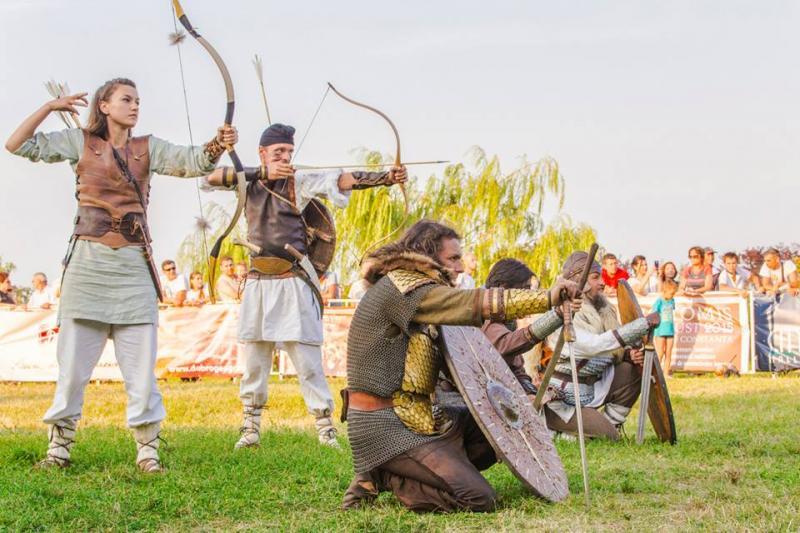 Reenactorii albaiulieni, senzație la Festivalul Tomis