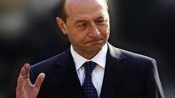 Băsescu, desființat de Diaconu