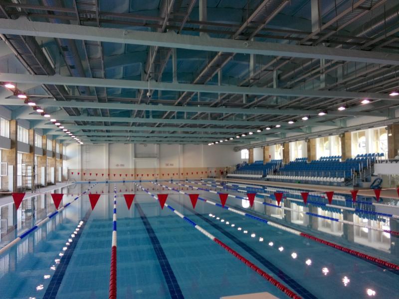 Pentru a câta oară?!?!?!?! Bazinul Olimpic se redeschide. Pentru cât timp?