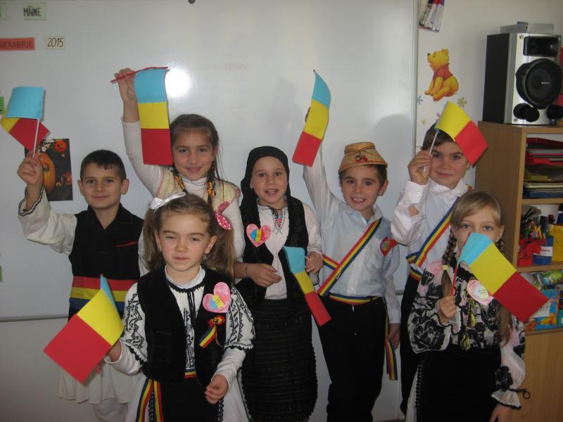 Ziua Națională a României, sărbătorită la Școlile din comuna Ciugud