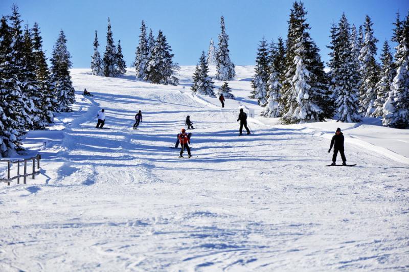 Week-end perfect pentru ski. La Șureanu și la Arieșeni, pârtiile sunt perfecte!!!