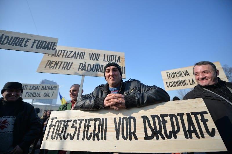 Sindicaliștii din Romsilva au protestat impotriva lor!!!