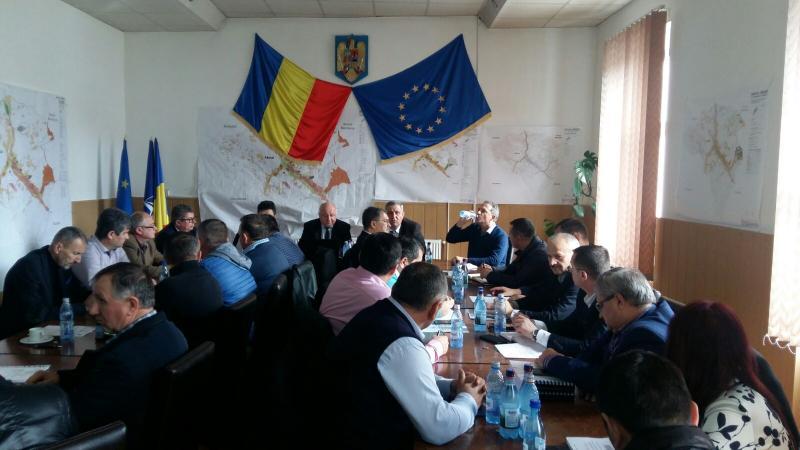Demersuri ale prefectului Dănuț- Emil Hălălai pentru refacerea drumurilor din Munții Apuseni