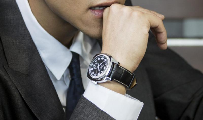 Ceasurile pentru barbati, accesoriu care ne tine timpul la indemana si care se asorteaza perfect cu tinutele elegante