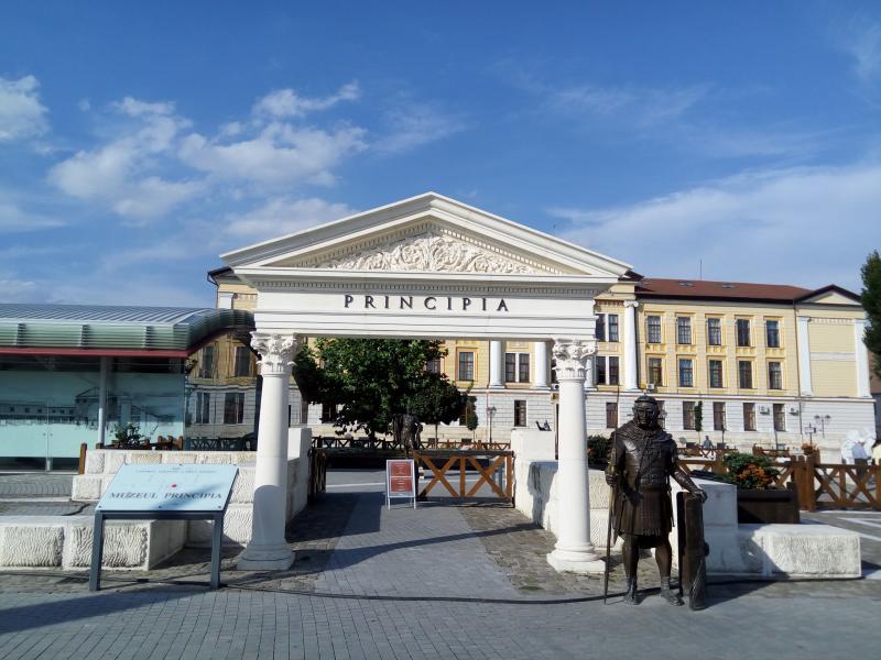 """Dezbaterea  """"Împreună suntem România"""" are loc duminică la Alba Iulia"""