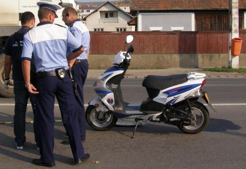 Mopedist prins băut de polițiști la Teiuș