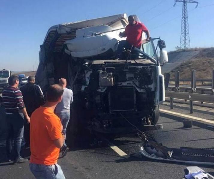 Șofer de TIR rănit grav după un accident produs pe autostrada A1