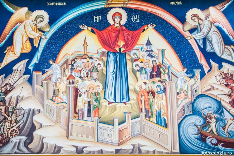 Creștinii ortodocși sărbătoresc pe 1 octombrie Acoperământul Maicii Domnului