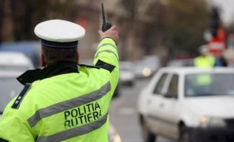 Urmărire ca în filme, cu focuri de armă trase la Petrești
