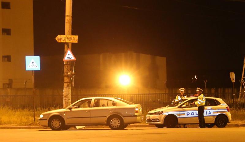 Brașovean depistat în Vințu de Jos fără permis de conducere și cu plăcuțele de înmatriculare ale mașinii falsificate