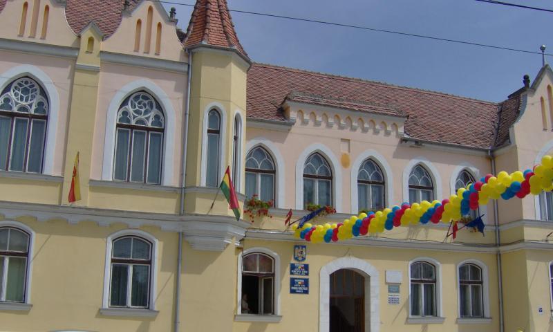 ÎN ATENȚIA CONTRIBUABILILOR  DE PE RAZA ADMINISTRATIV-TERITORIALĂ A MUNICIPIULUI SEBEȘ  (SEBEȘ, PETREȘTI, LANCRĂM, RĂHĂU)