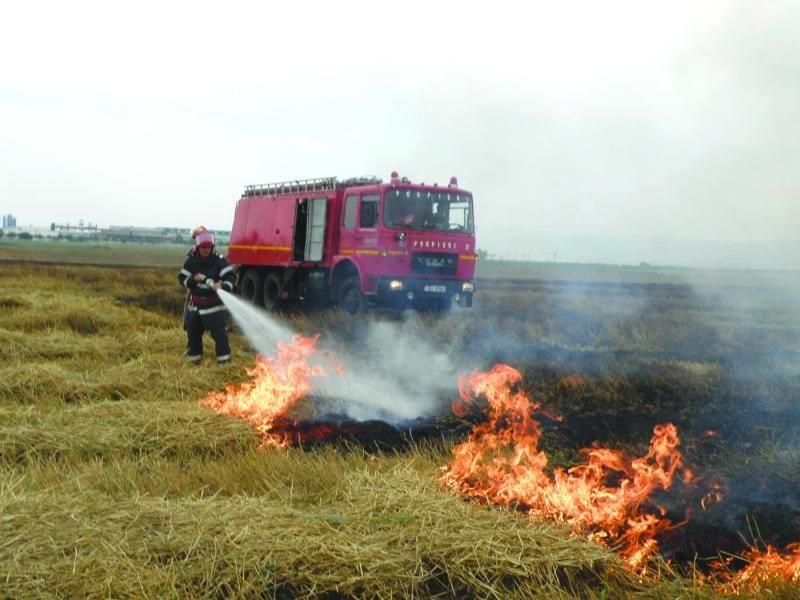 ALBA – Sfârșit de săptămână plin de incendii de vegetație uscată produse din cauza neatenției