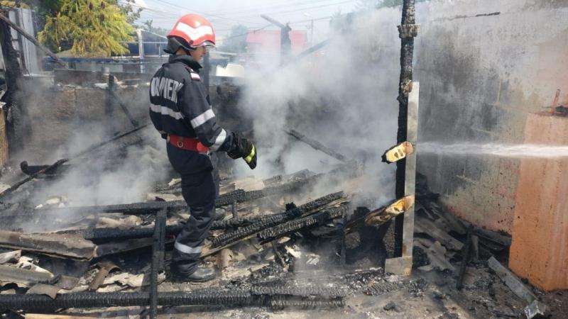 Sebeș – Incendiu la o anexă gospodărească