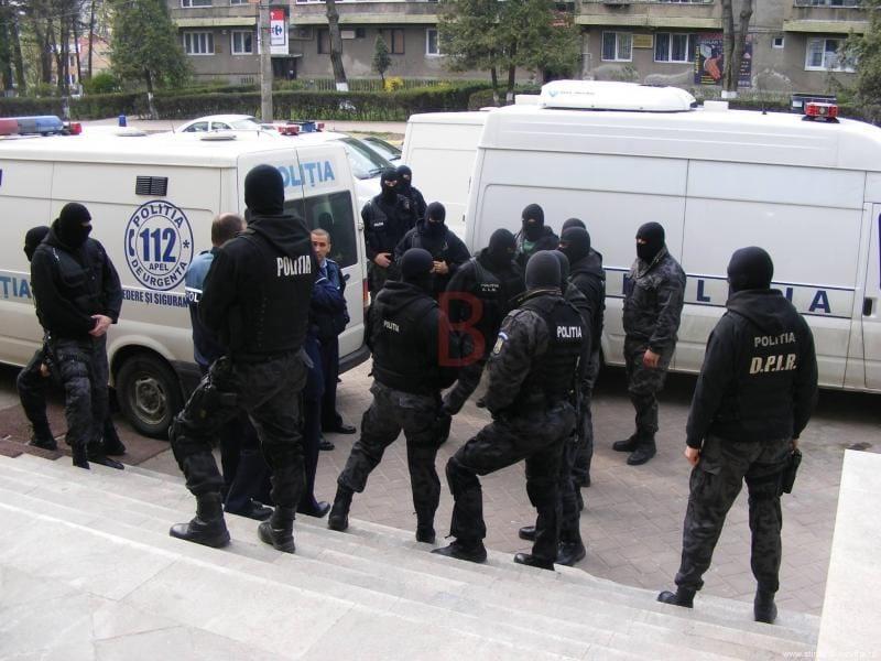 Acțiune de amploare a Poliției Române împotriva grupărilor de infracționalitate organizată