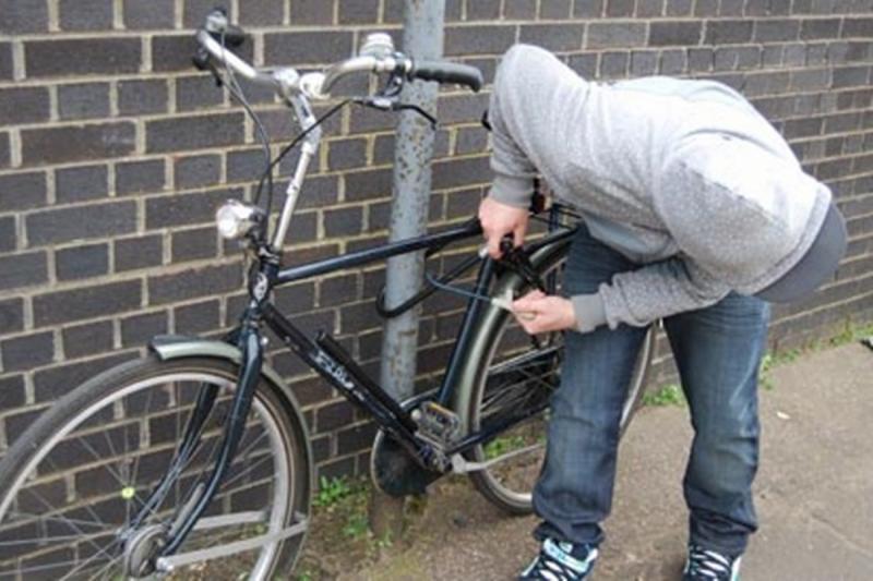 Sebeș – Bărbat prins de poliție chiar pe bicicleta pe care acesta tocmai o furase