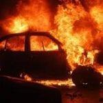 Cîmpeni - Autoturism cuprins de flăcări în miez de noapte