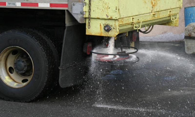 CNAIR are pregătite peste 193.000 de tone de sare și 2300 de utilaje pentru deszăpeziri în acestă iarnă