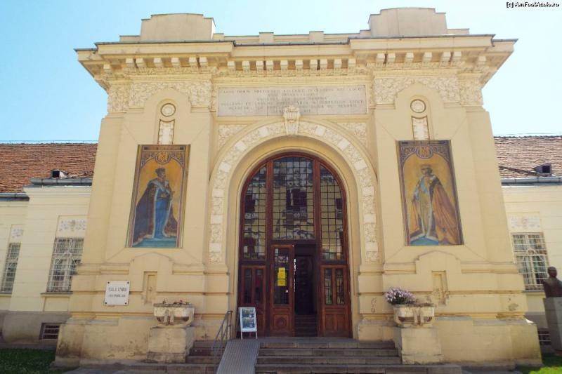 Alba Iulia – Ședință solemnă a Guvernul României la Sala Unirii