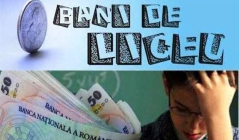 """Alba – 575 de cereri la nivel județean în cadrul programului """"Bani de liceu"""". Valoarea sprijinului financiar a crescut la 250 de lei/lună"""