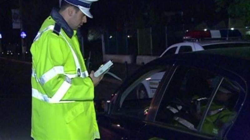 """Acmariu – Bărbat """"matol"""" și fără permis de conducere """"agățat"""" de Poliția Rutieră"""