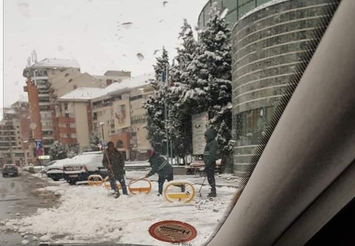 Primăria Alba Iulia trebuie amendată de primăria Alba Iulia?