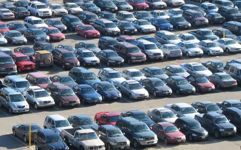INS – Mai multe mașini și motociclete vândute în acest an în România față de 2017