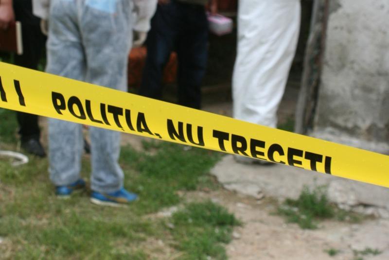Cut – Un bărbat a fost găsit spânzurat într-o anexă gospodărească
