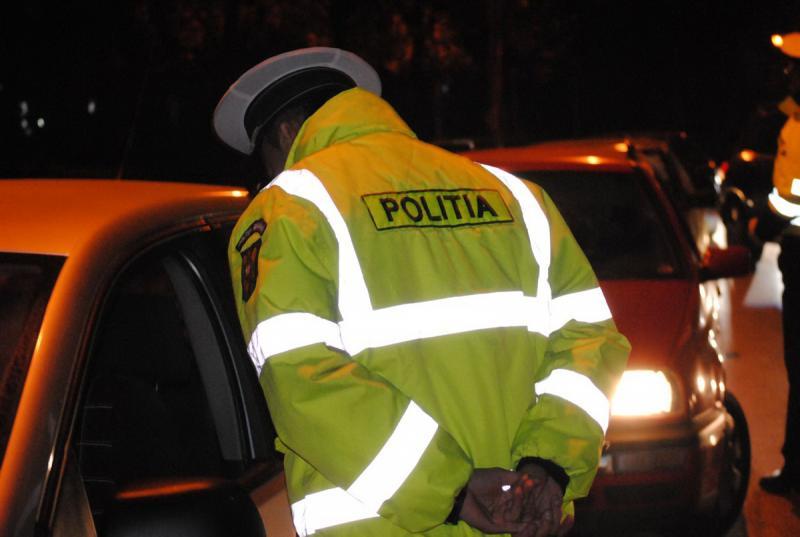 """Poliția rutieră Alba a """"agățat"""" în weekend trei șoferi fără permis de conducere sau cu permisul suspendat"""