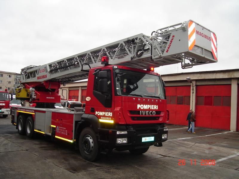 Aiud – Detașamentul de pompieri a primit o autospecială nouă destinată intervențiilor și salvării de la înălțime