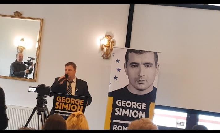 George Simion pornește din Alba Iulia în drumul spre Parlamentul European