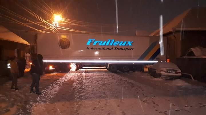 Un TIR a blocat circulația în Lancrăm