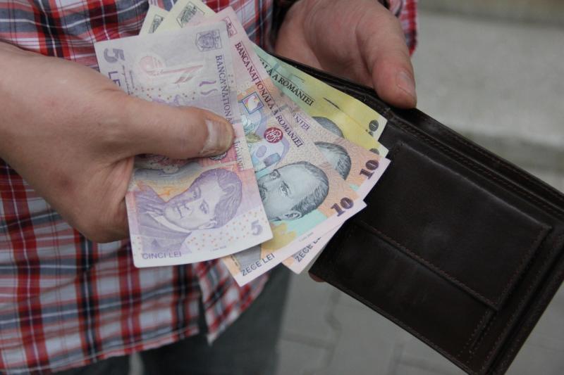 Teiuș – Bărbat de 80 de ani, prins după ce a furat un portmoneu
