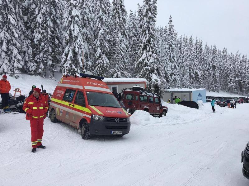 Punct de lucru temporarar ISU Alba la domeniul schiabil Șureanu, dotat cu o ambulanță SMURD
