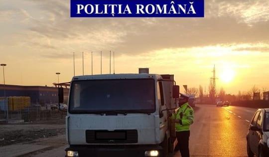 """Șoferii autovehiculelor de transport public de persoane și de transport de marfă, verificați """"la sânge"""" de Poliția Rutieră"""