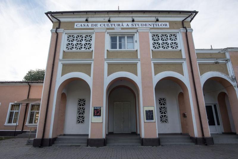 Primul congres al Partidului Phralipe al Romilor (PPR) are loc la Alba Iulia