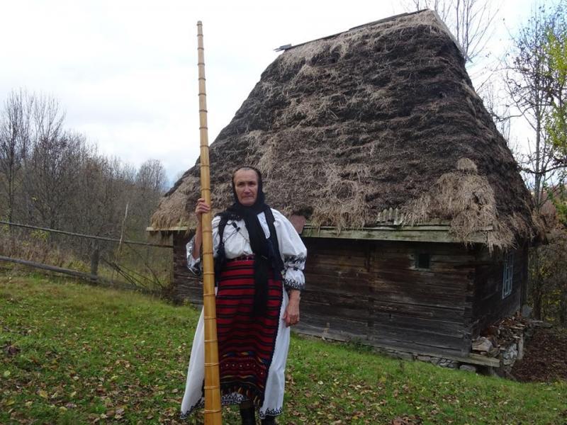 "Tulnicăreasa Mariana Gligor și dascălul Nicolae Coroiu vor fi premiați la Gala ""Tezaure Umane Vii 2019"""