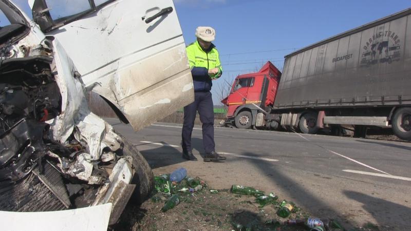 Teiuș – Accident cu un rănit pe DN1, la intrarea în localitate