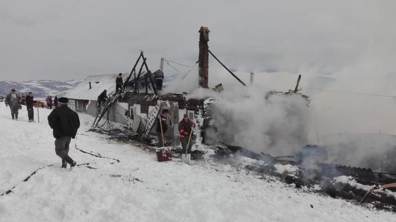 Șugag – O locuință din localitate a luat foc