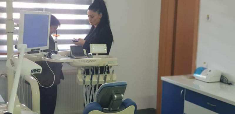 Sebeș – A fost inaugurat primul cabinet stomatologic cu servicii gratuite destinate exclusiv copiilor