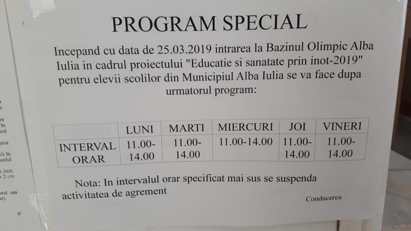 """Proiectul """"Educație și sănătate prin înot – 2019"""", inițiativa prin care elevii de clasa I din școlile municipiului Alba Iulia beneficiază de cursuri de înot gratuite"""