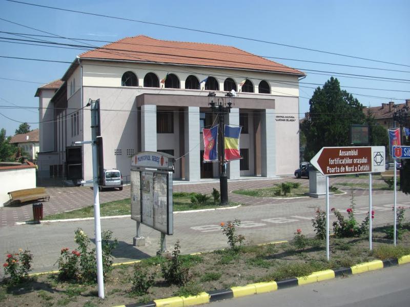Sebeș – Dezbatere publică pe tema studiului de fezabilitate al proiectului de construire al Centrului multifuncțional pentru adulți