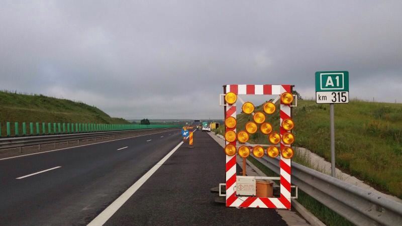 Șibot – Un cetățean a furat o poartă metalică de acces de la autostrada A1 (Deva – Sibiu) și a folosit-o ca poartă la stână