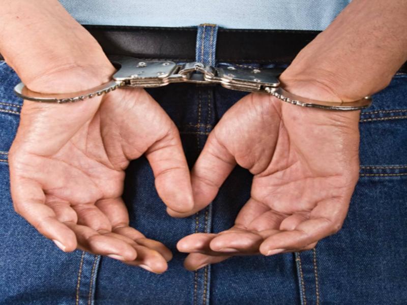 Sebeș – Doi tineri reținuți de poliție după ce au furat o mașină