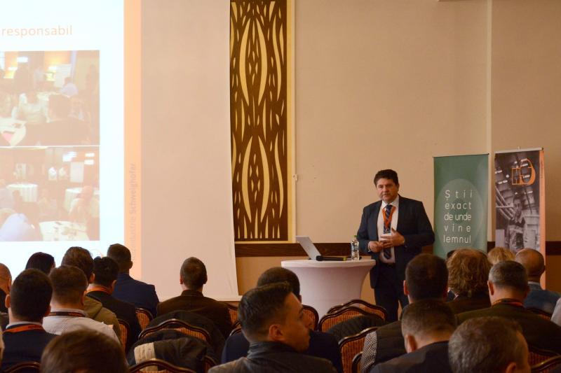 Consultare publică pe teme de achiziții de masă lemnoasă și măsuri de diminuare a riscului, organizată de Holzindustrie Schweighofer