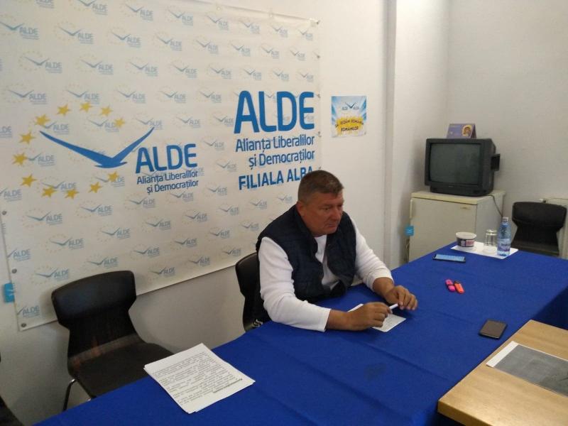 """Ioan Lazăr, președinte ALDE Alba:""""PNL a devenit Partidul Anti-Național Liberal și membrii săi sunt impotenți din punct de vedere politic!"""""""