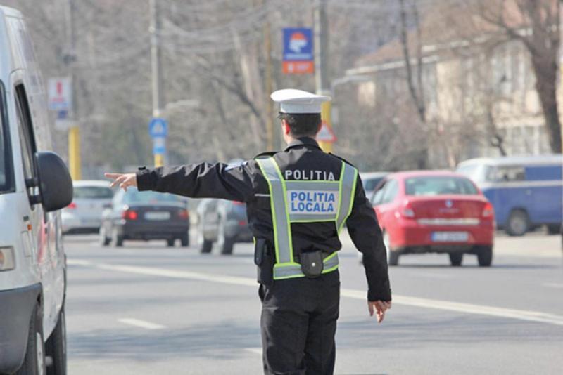 Are Poliția Locală dreptul să dea amenzi de circulație???