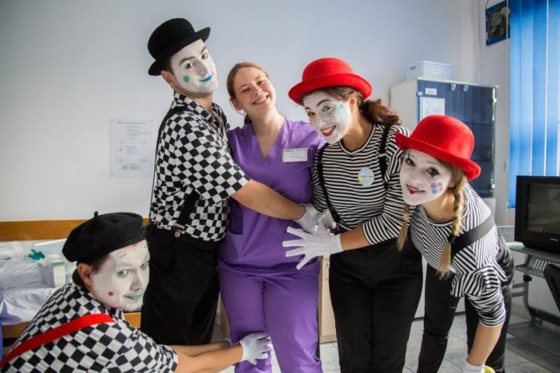 """Timp de o săptămână, la Spitalul Județean de Urgență Alba are loc evenimentul cultural-artistic """"Terapie prin Artă by Create.Act.Enjoy"""""""