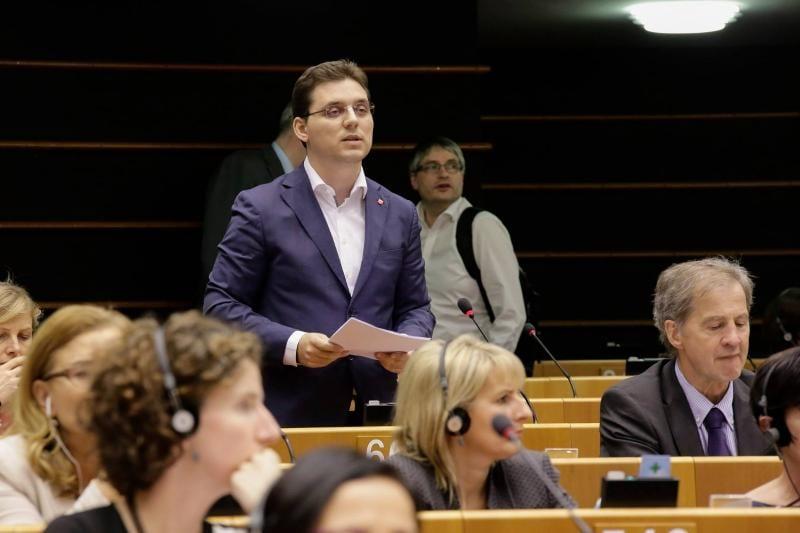 Victor Negrescu, singurul europarlamentar care a vorbit despre județul Alba în plenul legislativului european