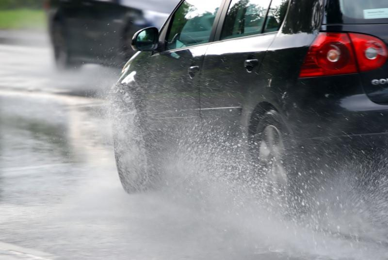 Recomandările IPJ Alba pentru conducerea în siguranță a autovehiculelor având în vedere condițiile meteorologice prognozate pentru această perioadă