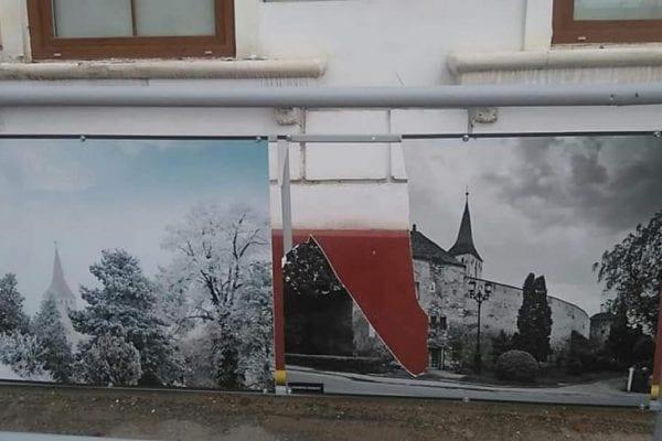 Act de vandalism în fața Centrului Cultural